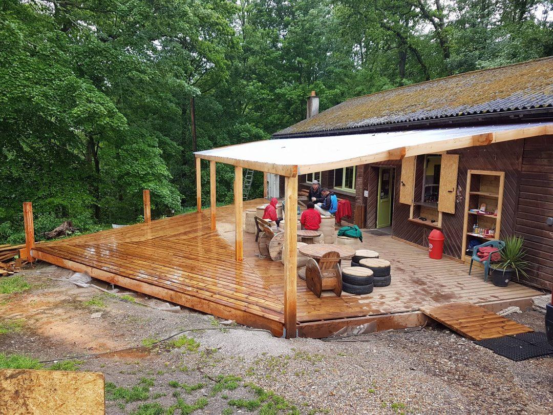 Augmentation et mise aux normes de la terrasse du Woody Park